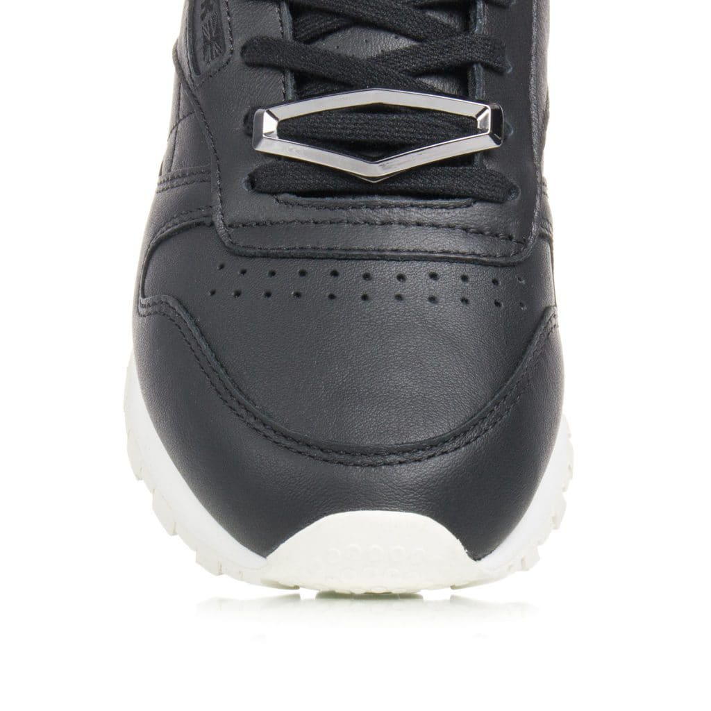 reebok-classic-leather-hardware-bs9593