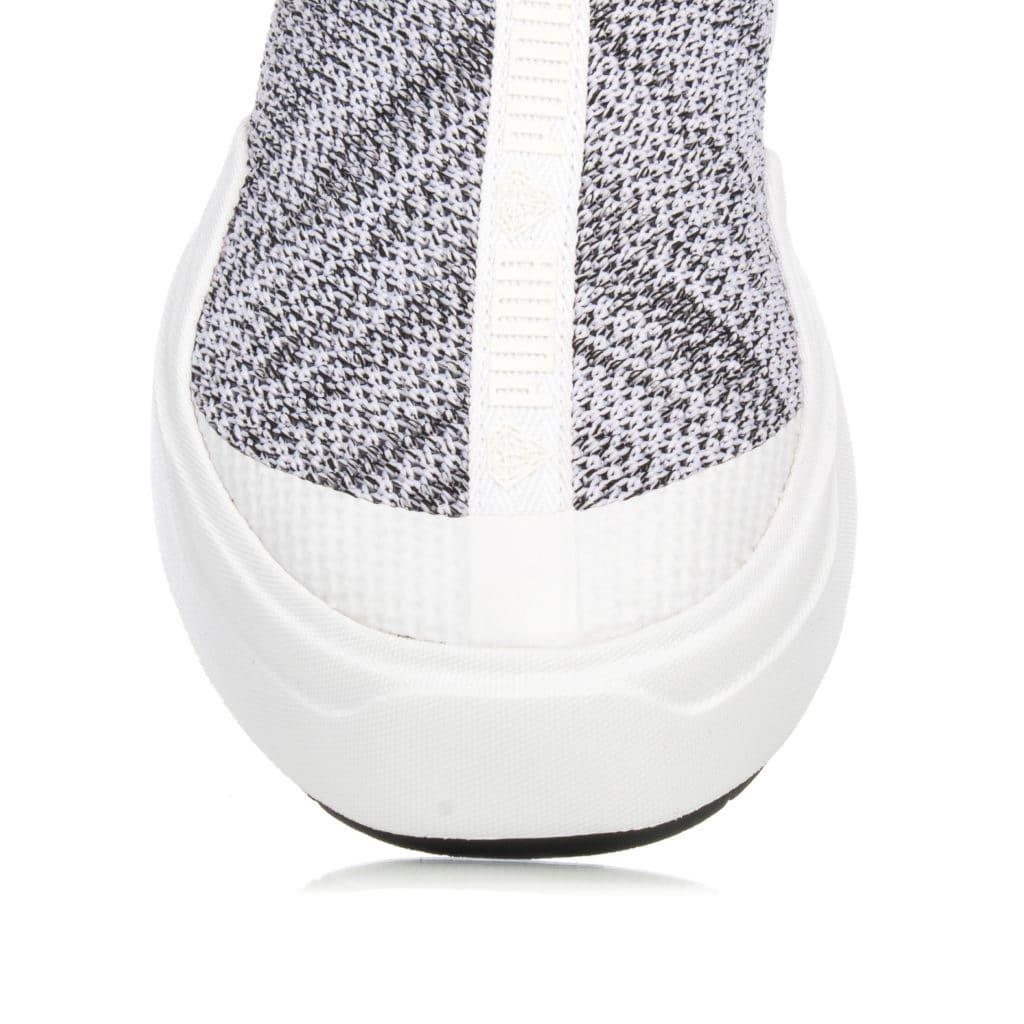 puma-abyss-knit-x-diamond-366493-01