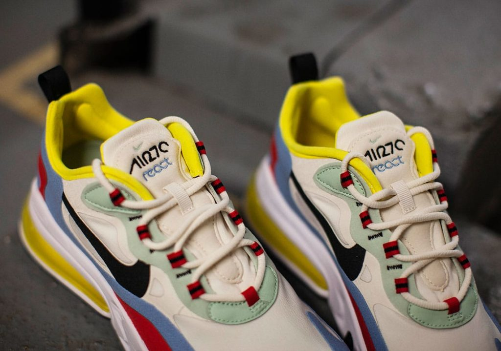 Nike-Air-Max-270-React-WMNS-AT6174-002-2