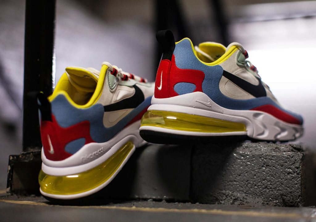 Nike-Air-Max-270-React-WMNS-AT6174-002-3